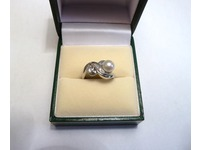 9ct white gold cultured pearl and diamond engagement ring
