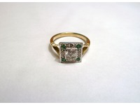 18ct palladium diamond emerald sqaure cluster ring with split shoulders